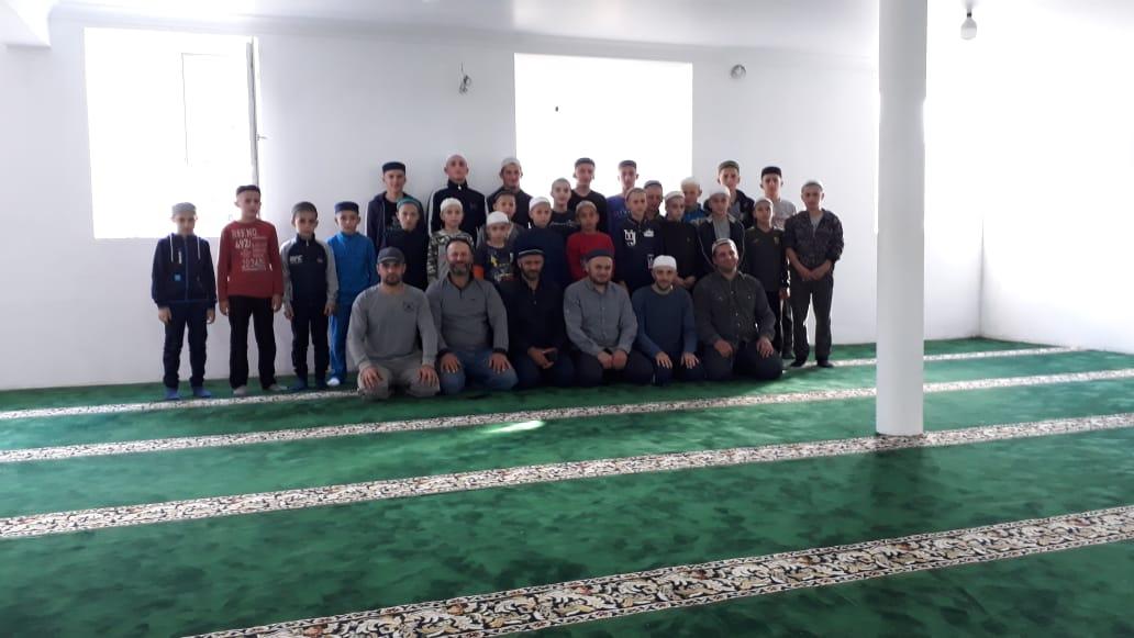 Имам Гунибского района Мухаммад Гитинов посетил медресе хафизов